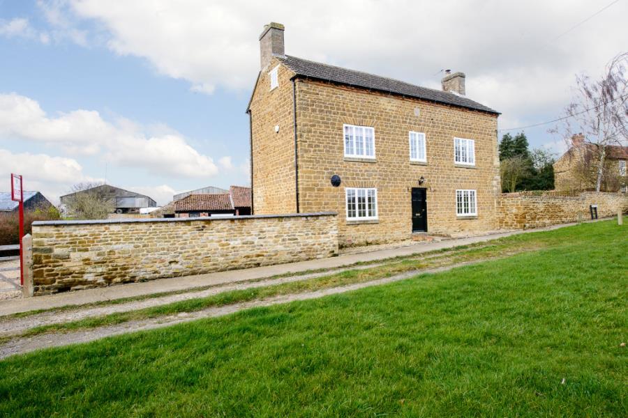 Middle Farmhouse, Sproxton